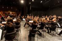 SYMPHONIEORCHESTER der Hochschule für Musik und Theater Hamburg  * STRAUSS - KERSCHEK - BRAHMS